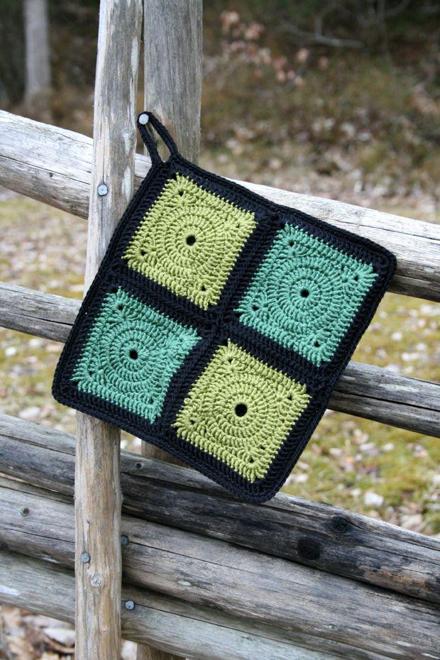 A crochet potholder - free pattern (swed) | ~ CROCHET potholders 1 ...