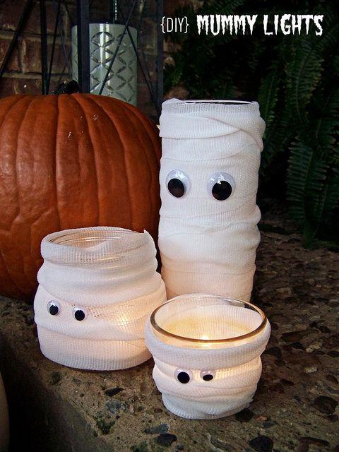DIY Mummy Lights - glass jars, gauze and googly eyes