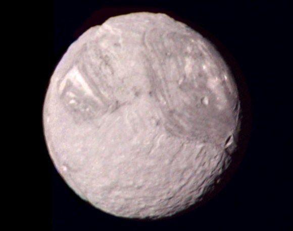 "Uranus' ""Frankenstein Moon"" Miranda"