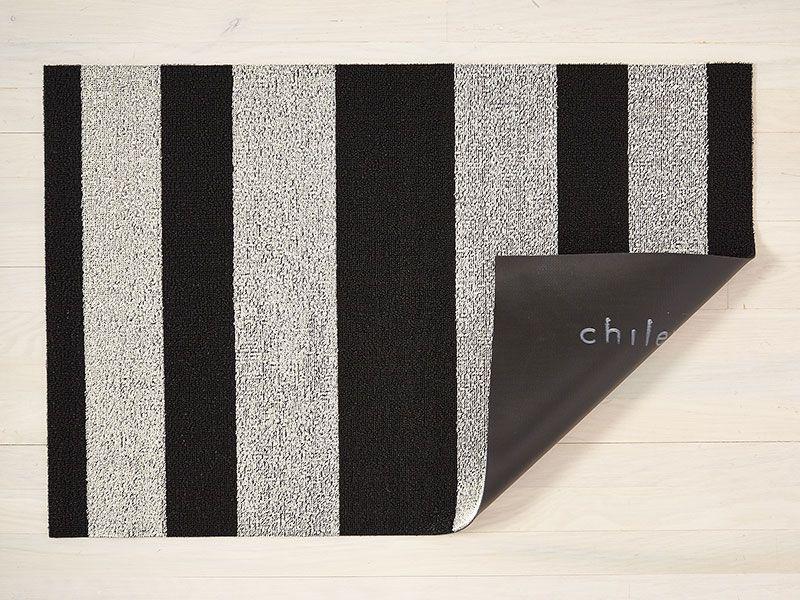 Bold Stripe Shag Mat In Black White 36 X60
