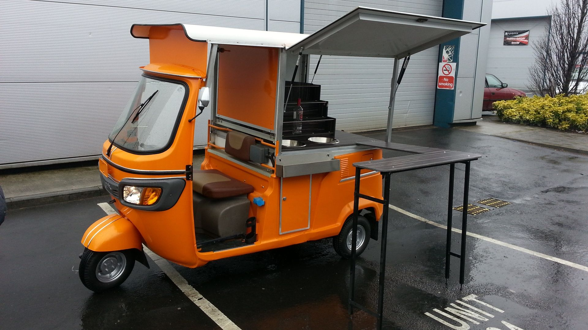 Dog Eat Dog Inc Tuc Tuc S For Coffee Catering And Retail