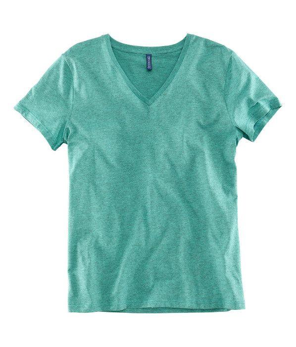 Camiseta verde cuello pico