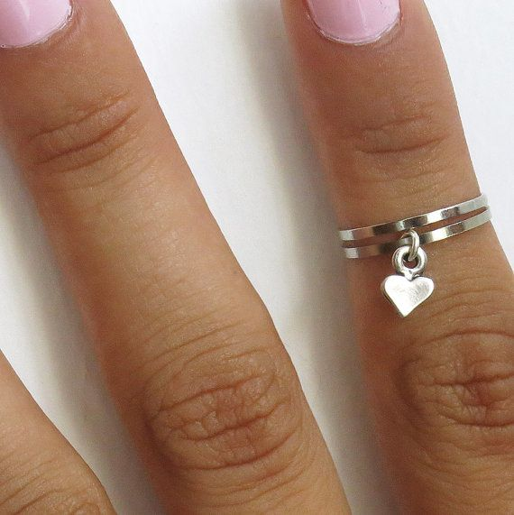silver heart knuckle ring, above knuckle ring , mid knuckle ring. Set of 2 thin band rings, stack knuckle rings with dangle heart, made from silver