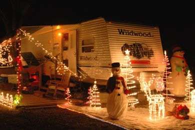 Christmas Lights For Camping.How To Decorate An Rv For The Holidays Pictures Videos