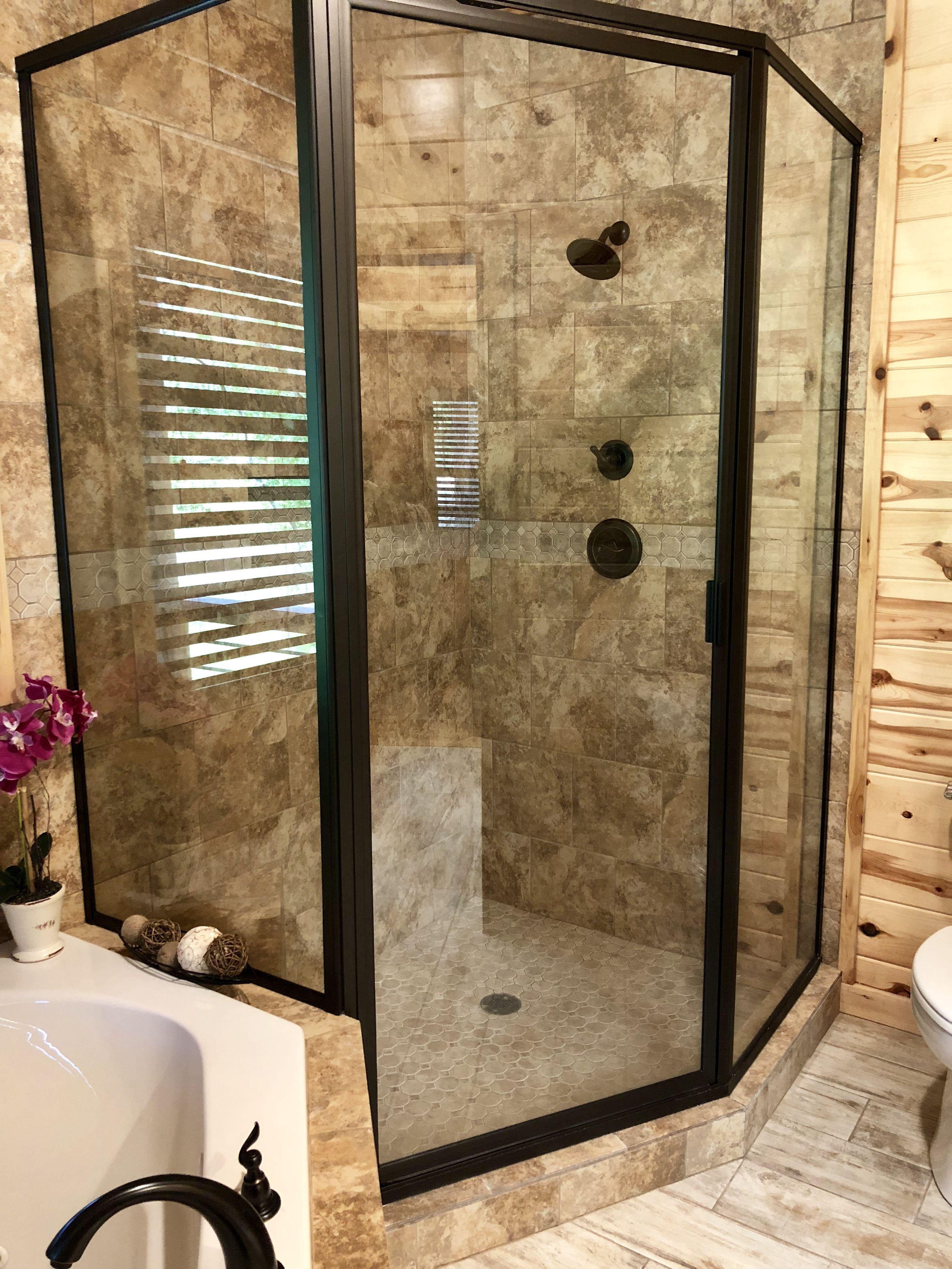 Tranquil Shores Cabin Master Shower Master Shower