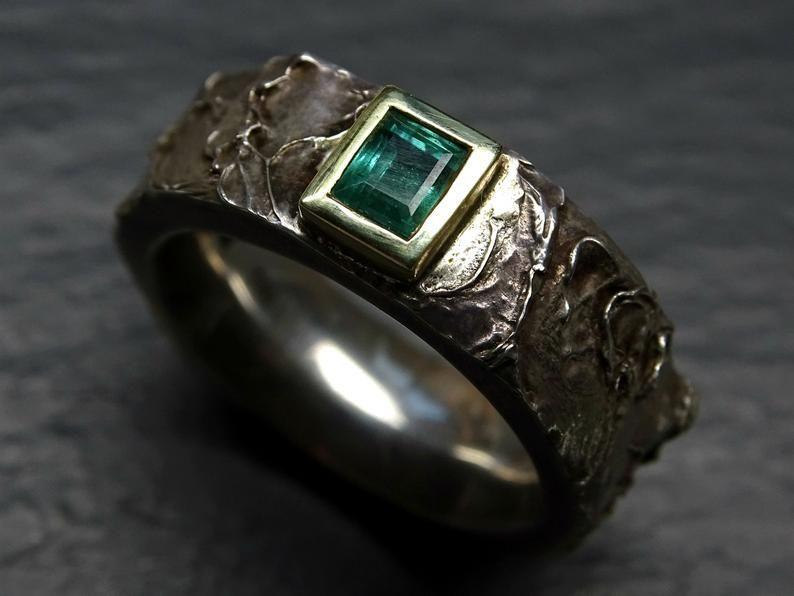Mens Emerald Ring Gold Silver Celtic Wedding Ring For Him Etsy Mens Emerald Rings Engagement Rings For Men Rings For Men