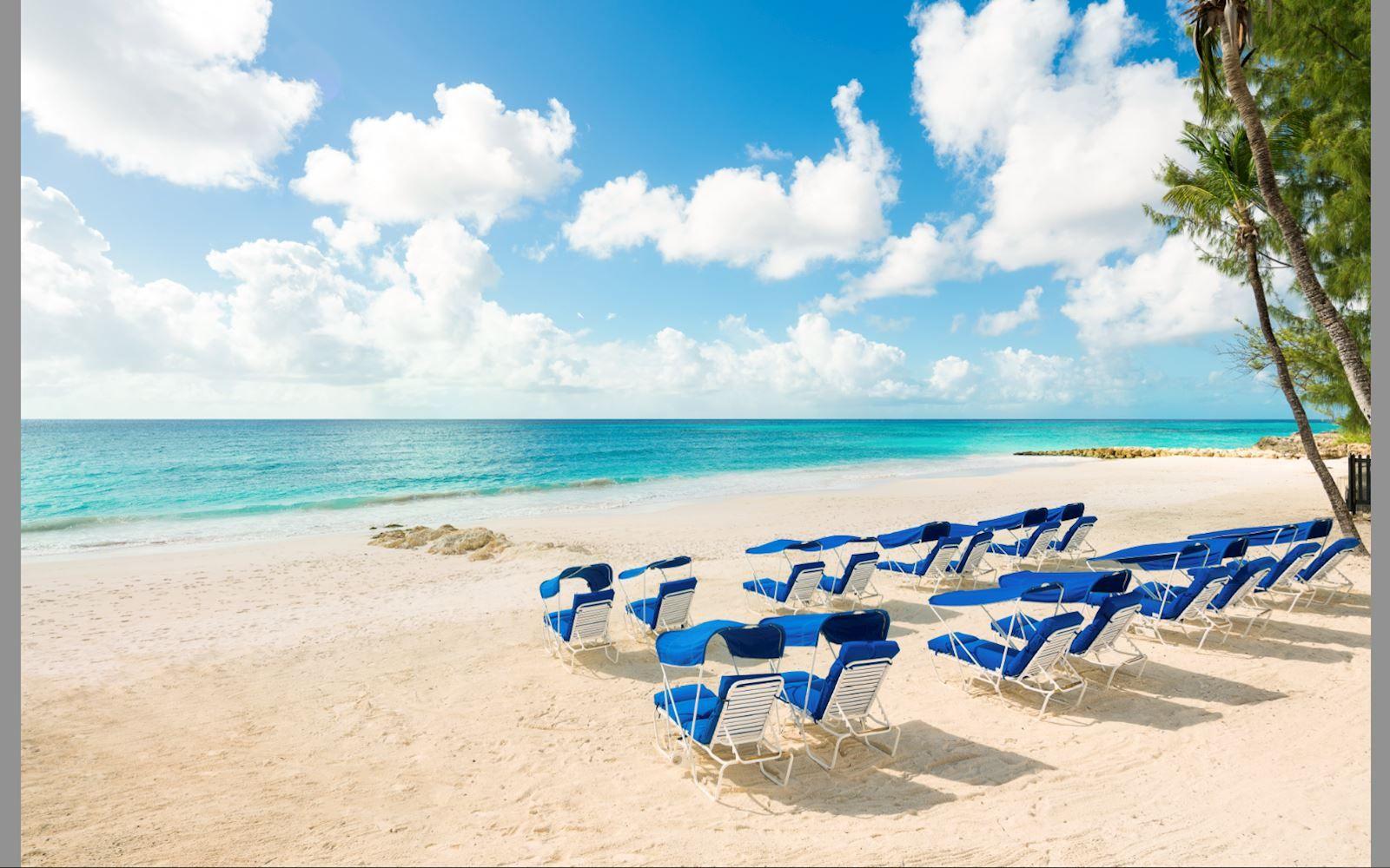 Sea Breeze Beach House Hotel
