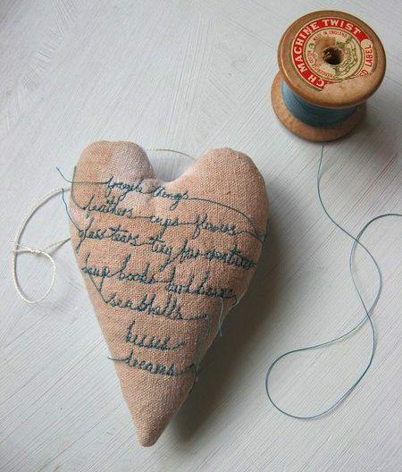 b8da119520f bordera inspiration sy handarbete tips ide broderi linne hjärta ...