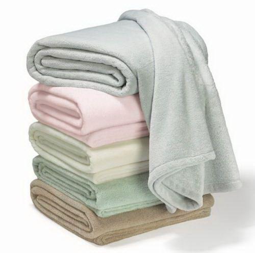 Fleece Blankets: Wholesale Fleece Blankets, Wholesale Fleece Throws,  Wholesale Fleece Throw Blankets &