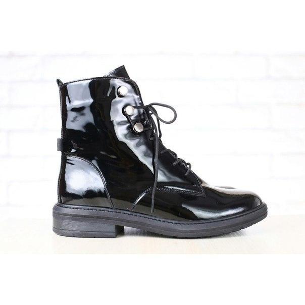 8a11099f4183 Женские ботинки, черные, лаковые, на шнурках - Купить женские ...