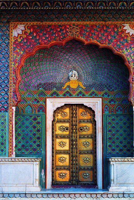 (Jaipur City Palace, Rajasthan, India)