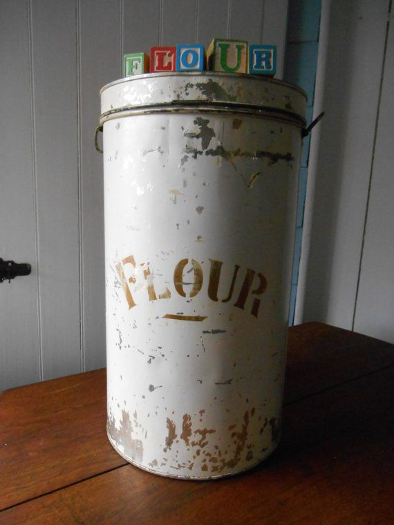 Extra Large Flour Tin Canister With Hinged Lid And Handles Old Paint General Store Style Wastebasket Garbage Can Tin Canisters Hinged Lid Tin