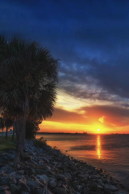 "avenuesofinspiration: "" ""Lagoon Sunset | Photographer © | AOI "" """