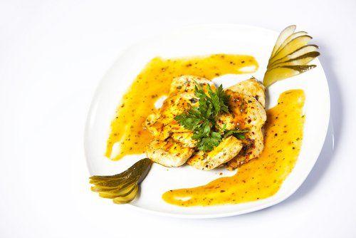 El pollo al limón es una de las recetas más comunes en cuanto a la cocina china se refiere. Se trata de un plato muy popular y apreciado.