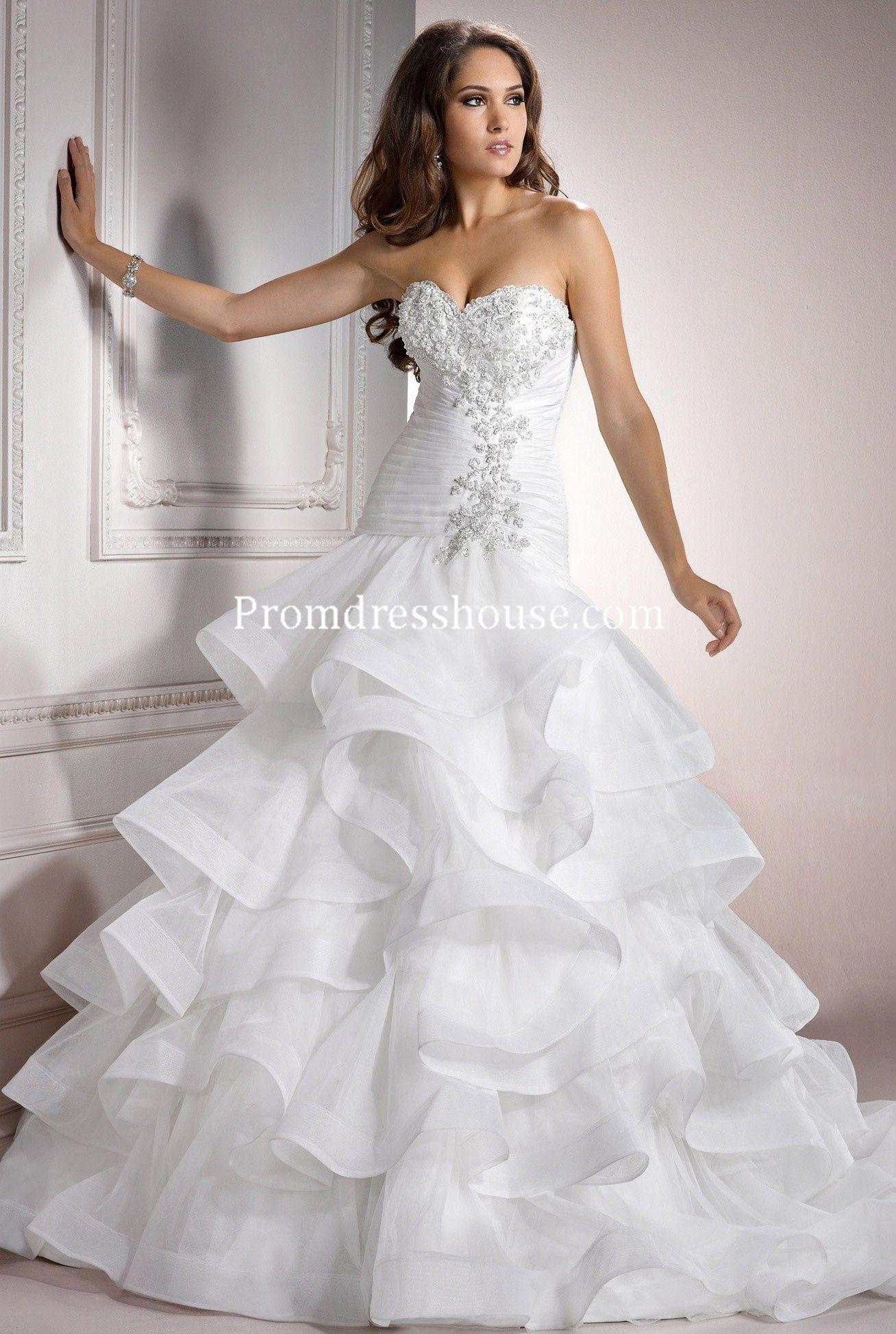 Vintage laceup organza crystals ball gown wedding dress dreamy