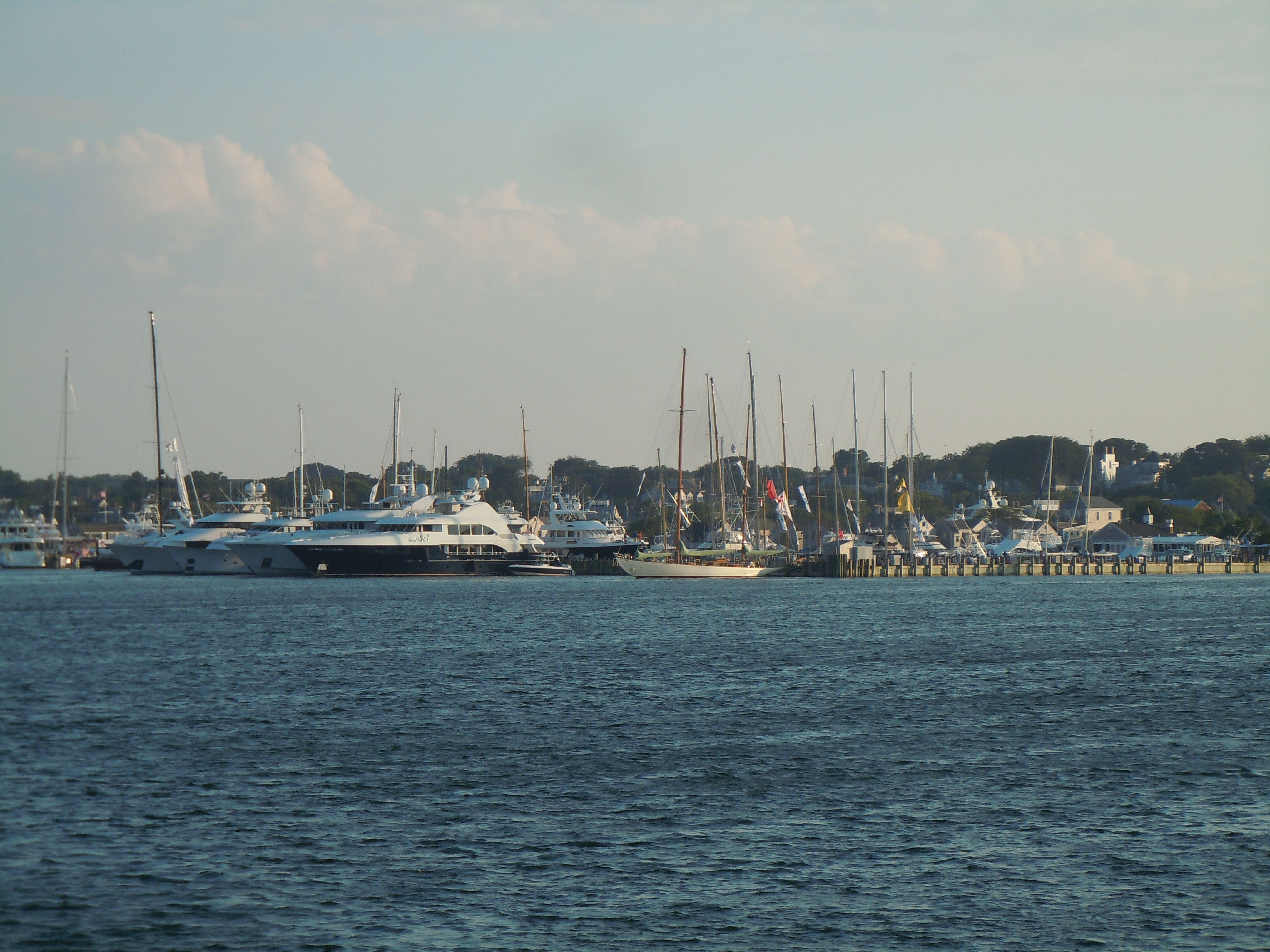 nantucket. photo credit HunterReedNantucket.com