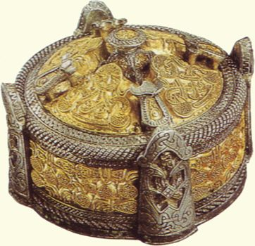 Box brooch made of partially gilt bronze, covered with silver and gold decorated with niello,  filigree, and granulation.  Martens Grotlingbo, Gotland, Sweden, eleventh century.  Statens Historiska Museum, Stockholm