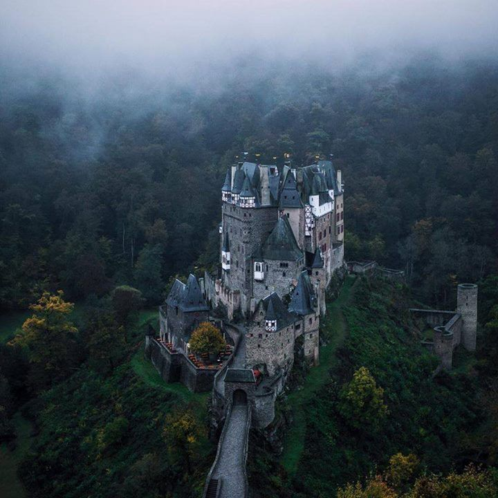 Wouldnt Mind A Night There Burg Eltz Castle Wierschem Germany Niklas Kiesling Places To Travel Travel Burg Eltz Castle