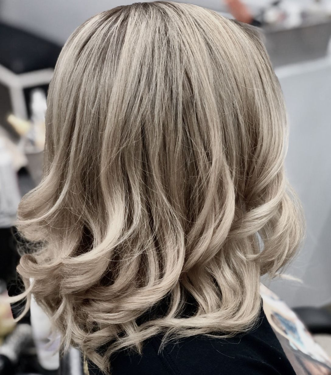 Colores Balayage In 2020 Dominican Hair Long Hair Styles Hair Salon