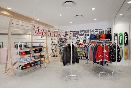 Dover Street Market Ginza A Full Look Inside Highsnobiety Dover Street Market Retail Interior Merchandising Displays