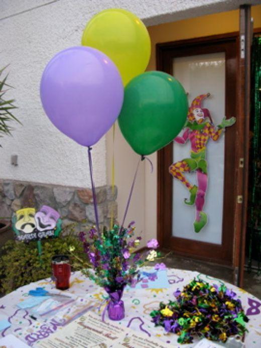 mardi Gras Table Decorations Balloon decorations for Mardi Gras