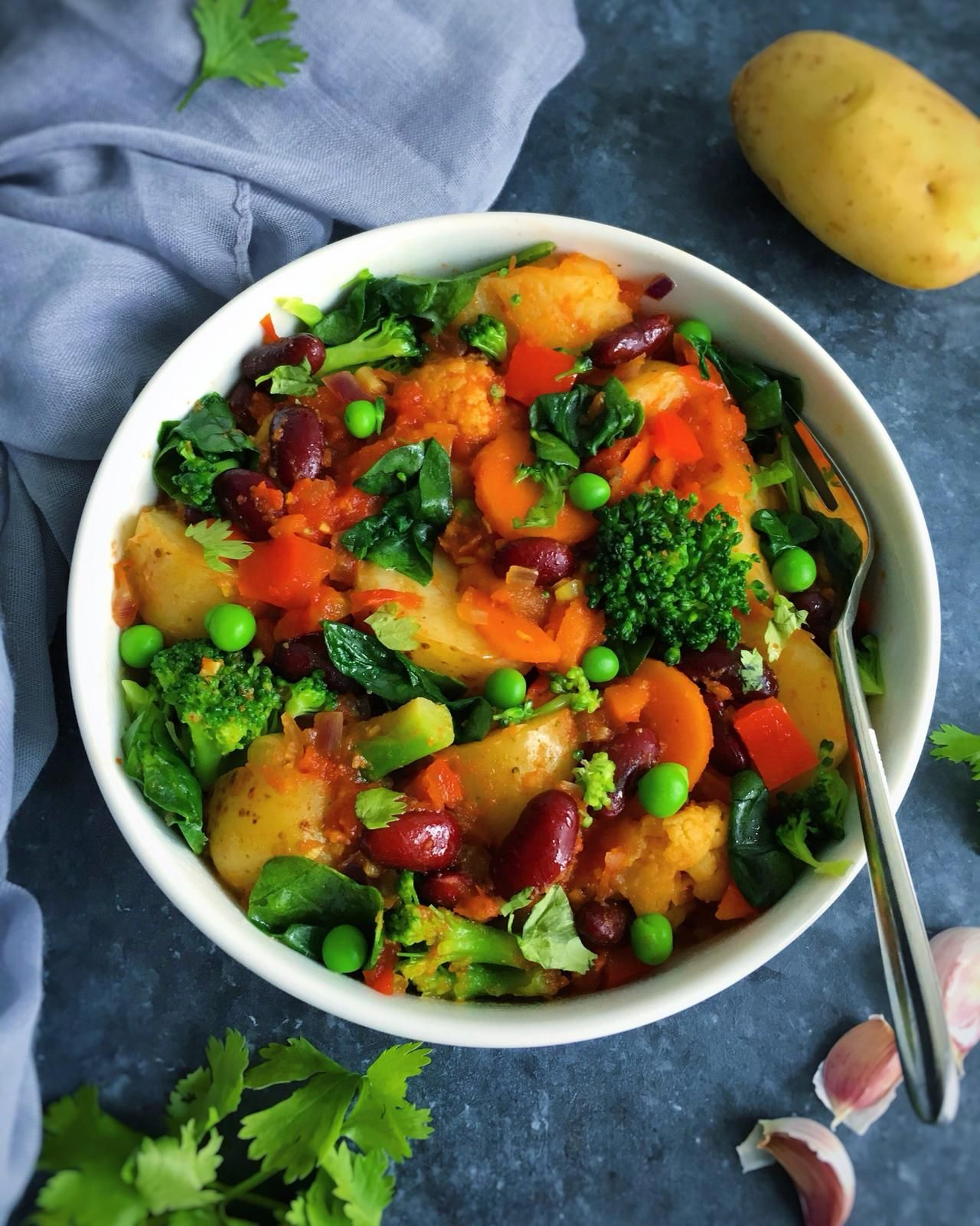 One Pot Vegetable Curry With Kidney Beans