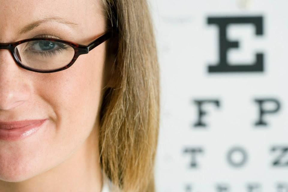 Una persona que deje avanzar el glaucoma, puede perder la visión irreversiblemente. Los especialistas de la #ClínicadeEspecialidadesOftalmológicas te pueden ayudar para descubrir y tratar a tiempo esta enfermedad.