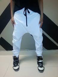 Outfit Ringa Linga  White Harem Pants to pull off that swag vibe ... 5a2506b3576