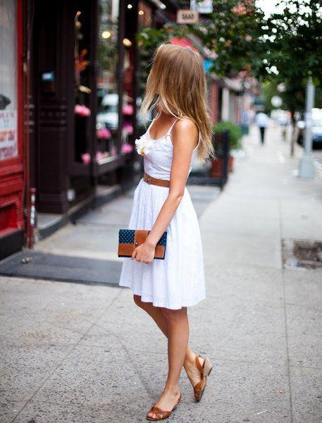 Vestido branco com cinto - http://vestidododia.com.br/vestidos-curtos/vestido-branco-curto/