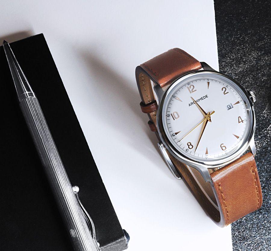 4 Erschwingliche Handaufzugsuhren Made In Germany Watchtime Net Uhren Herren Uhren Zifferblatt