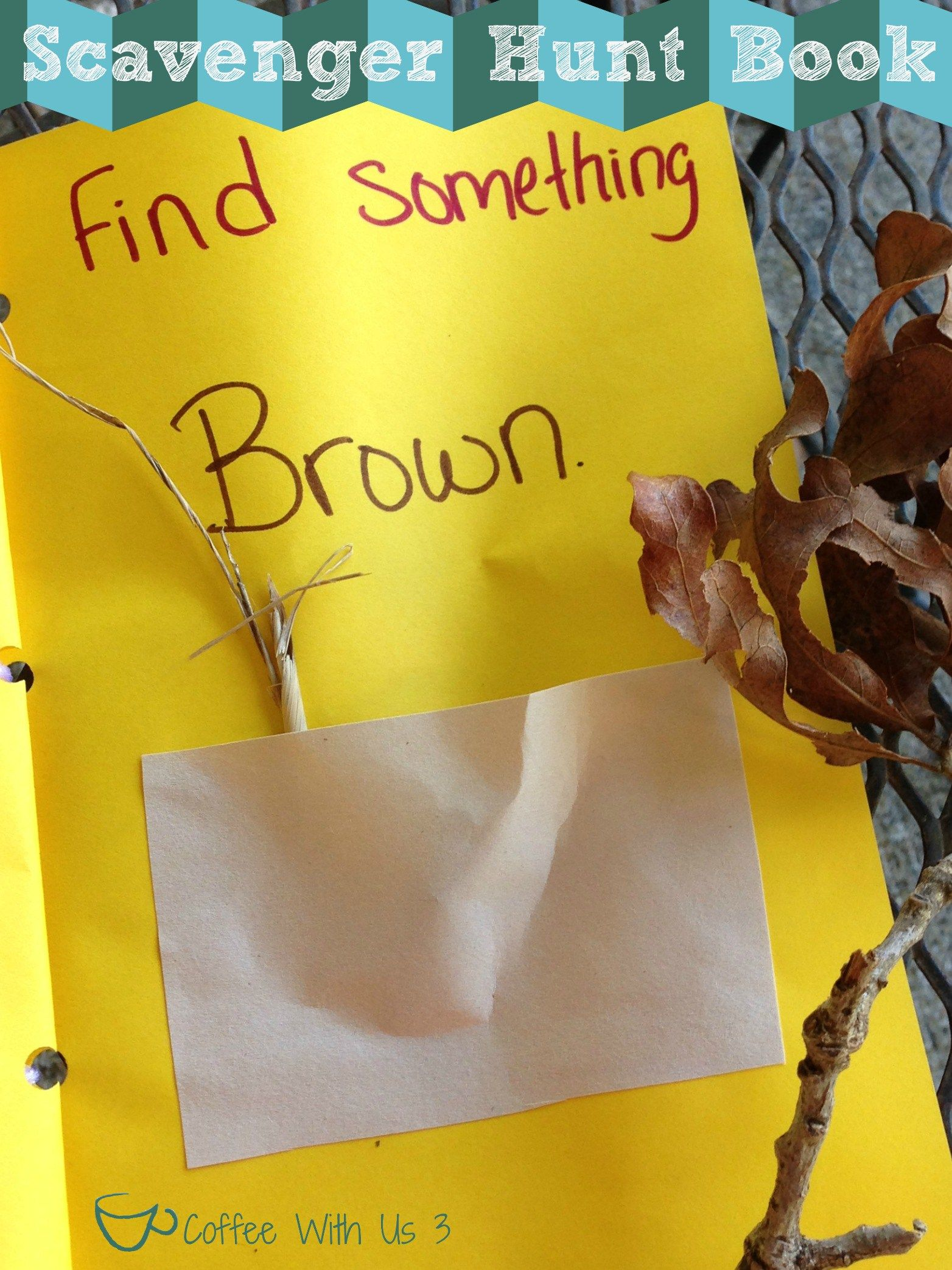 Scavenger Hunt Book by Coffee With Us 3 / DIY Pocket Books to go exploring with #kids #crafts