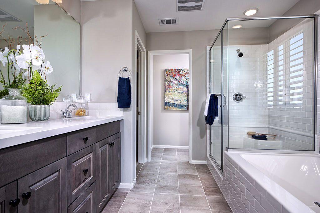 Master Bath At Cascade Plan 3 Pardee Homes Inland Empire