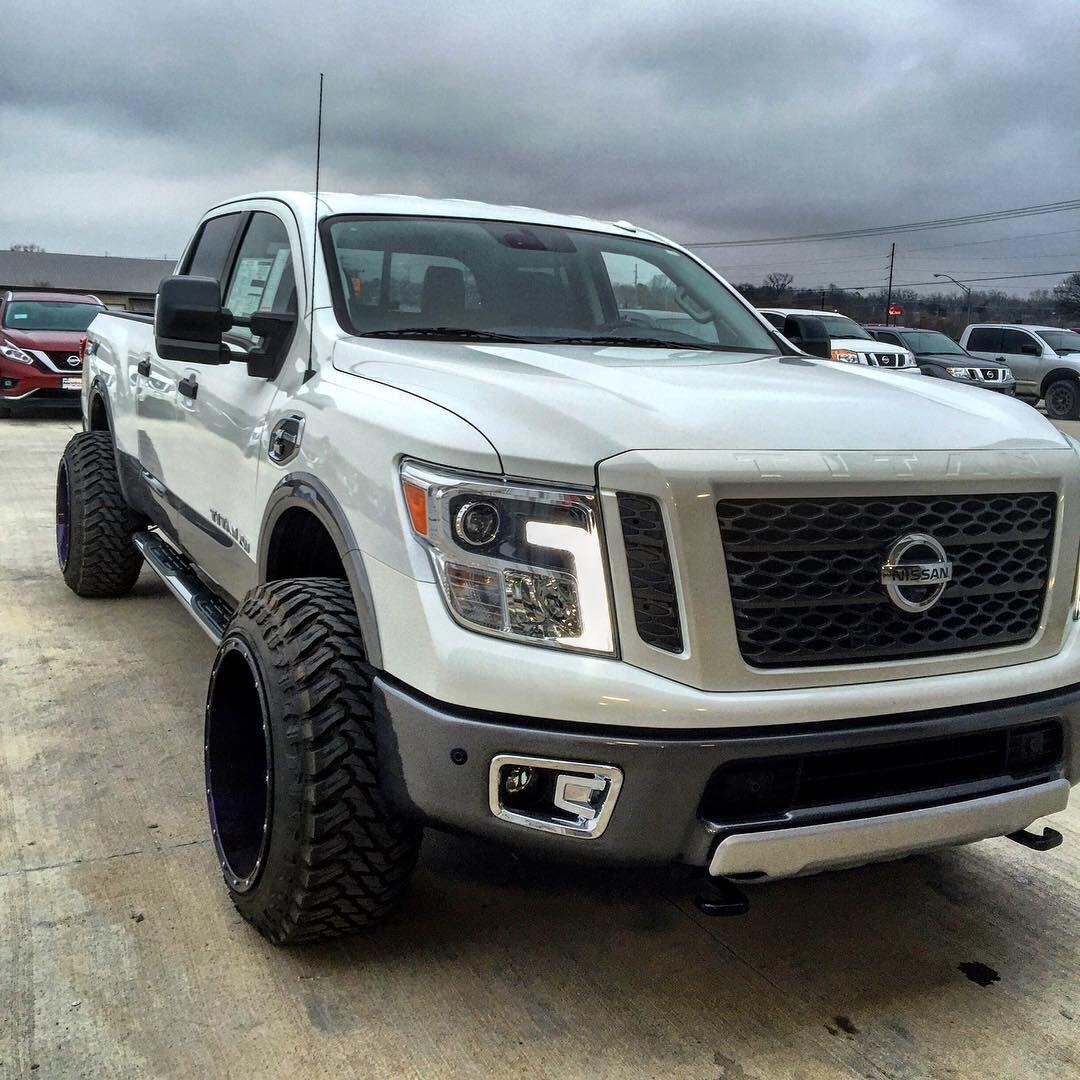 "New 2016 Nissan Titan on some 22"" wheels"