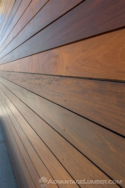 Wood Is A Natural Gorgeous As Well As Long Lasting Makings It A Sought After Siding Option For Usage In Tradit Wood Siding Exterior Shiplap Siding Wood Siding