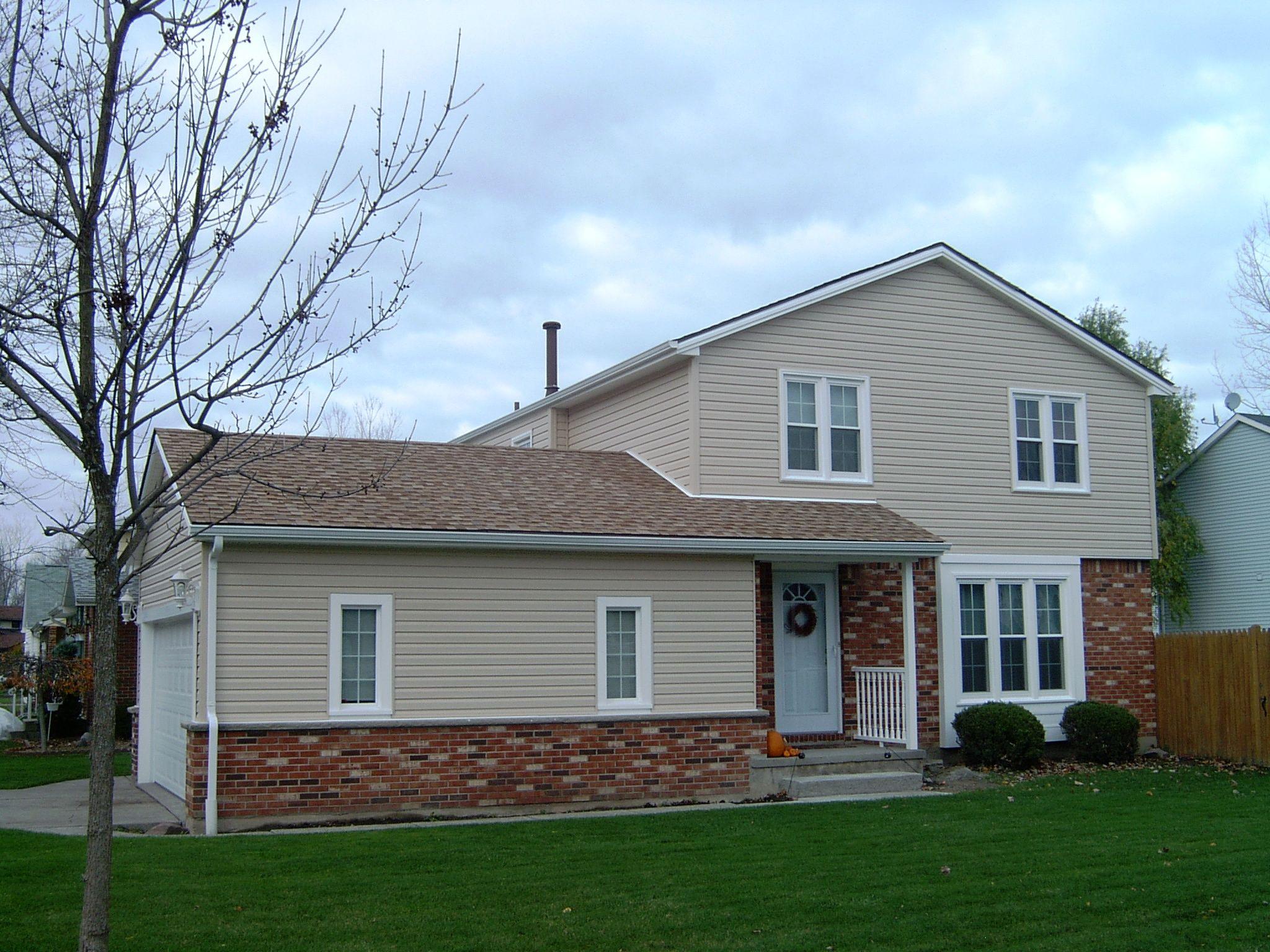 Best Light Brown Roof Roofs Garage Repair Garage 400 x 300