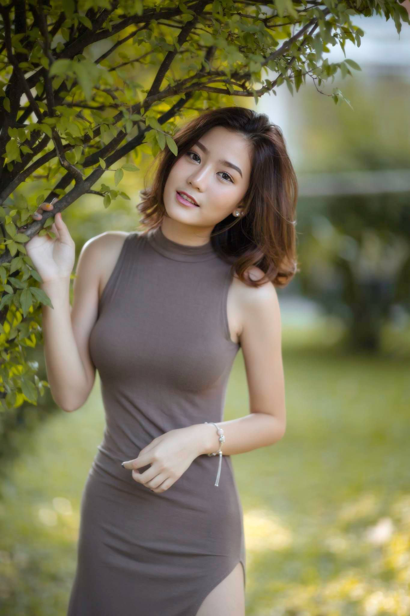 Asian Babes Database » Asian Babe With Sexy Curves