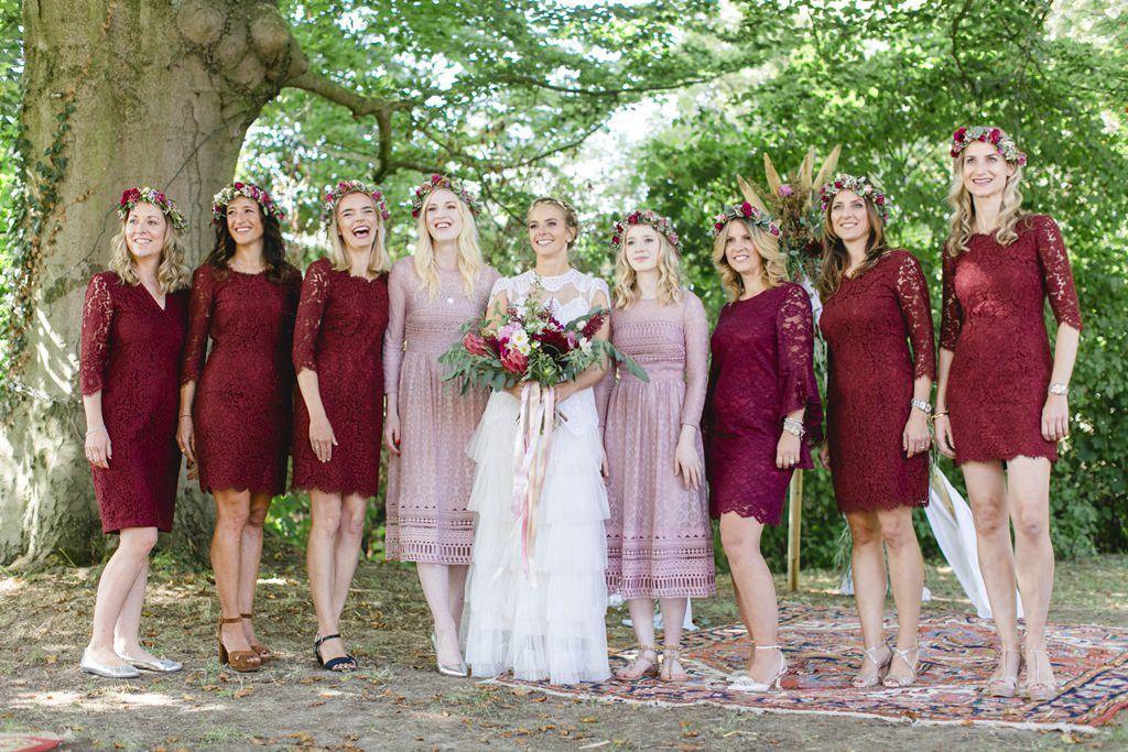 Brautjungfernkleider Bordeaux Rot Brautjungfern Trauung Hochzeitsfotograf