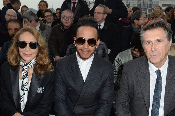 Marisa Berenson Photos - (L-R) Marisa Berenson, Lewis Hamilton and Bryan Ferry attend the Louis Vuitton  Menswear Fall/Winter 2015-2016 show as part of Paris Fashion Week on January 22, 2015 in Paris, France. - Front Row at Louis Vuitton