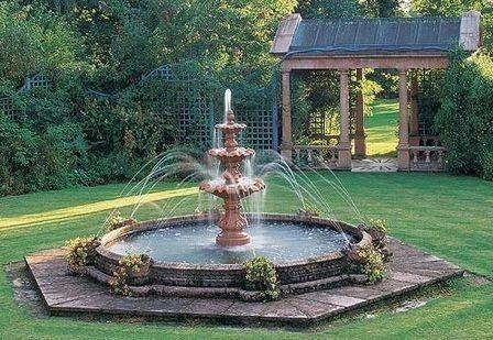 30 ideas para decorar tu jardín con fuentes Fountain, Backyard and