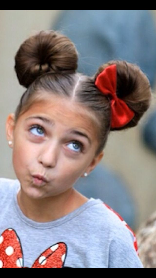 Minnie Mouse Ears Hairstyle Adorable Disney Hairstyles Disney Hair Hair Styles