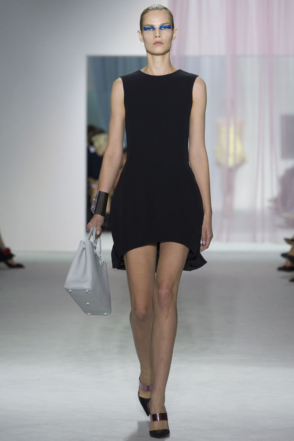 this dress is sheath dress.(definition of sheath dress:a close