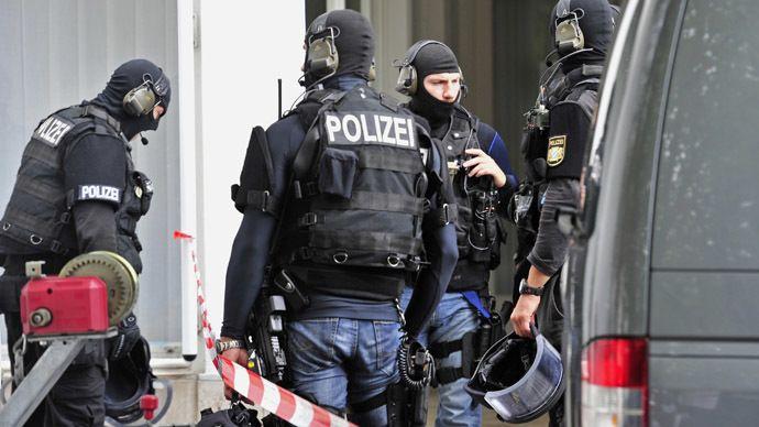 Terror Alert In Germany Highest In 40 Years Security Authorities Berlin Continues To Be In The Focus Of Islamist Te Sondereinsatzkrafte Bundeswehr Polizei