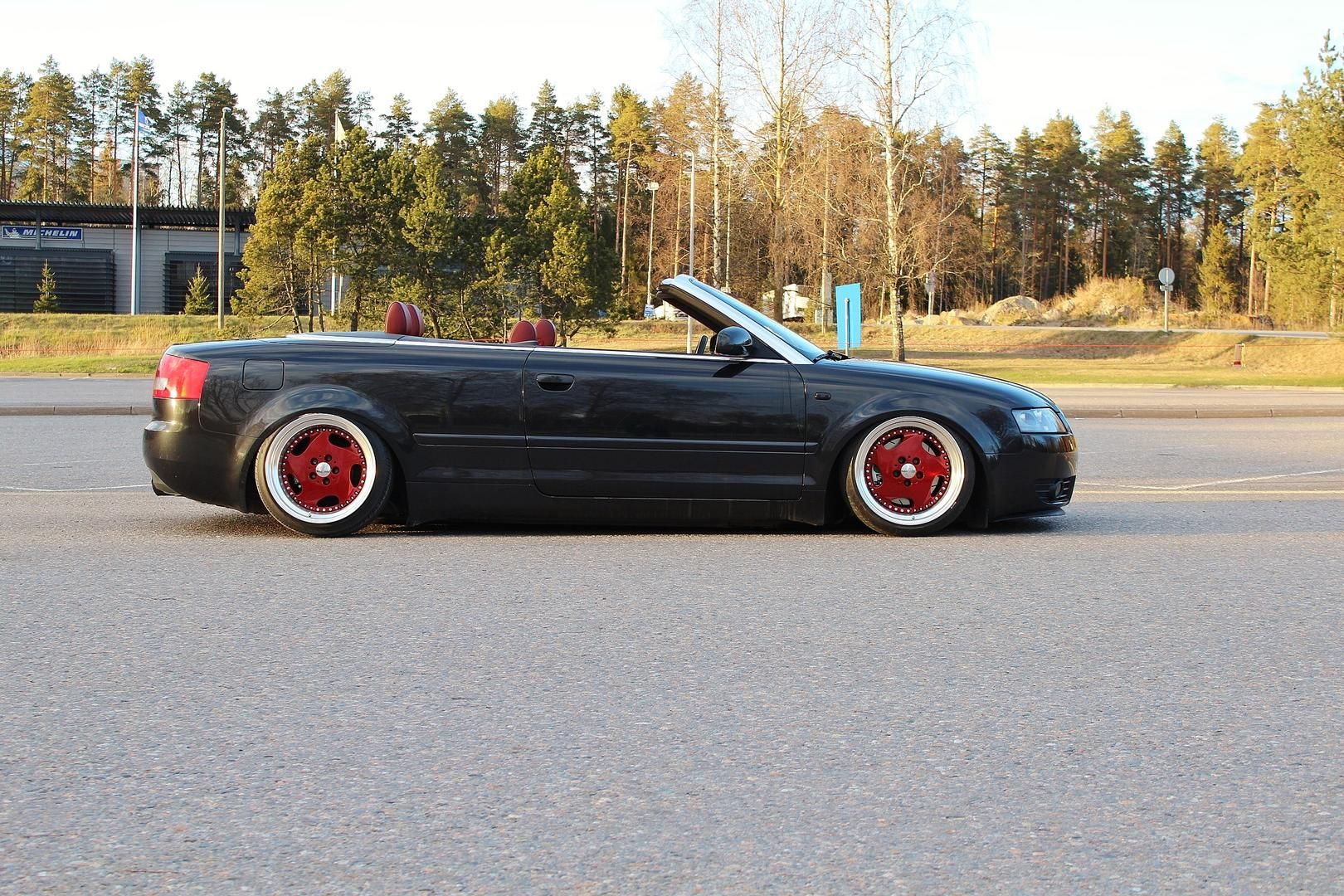 my friend jussi has this rather sweet b6 cabrio. Black Bedroom Furniture Sets. Home Design Ideas