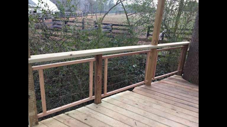Best 7 Inspiring Hog Fence Deck Railing Photos 400 x 300