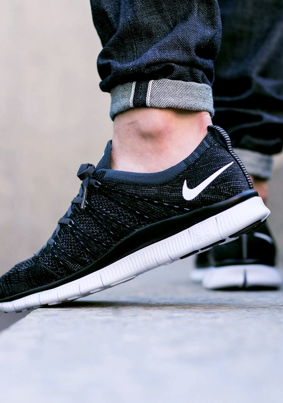 c5612bf8834 NIKE FREE FLYKNIT NSW (via Kicks-daily.com)