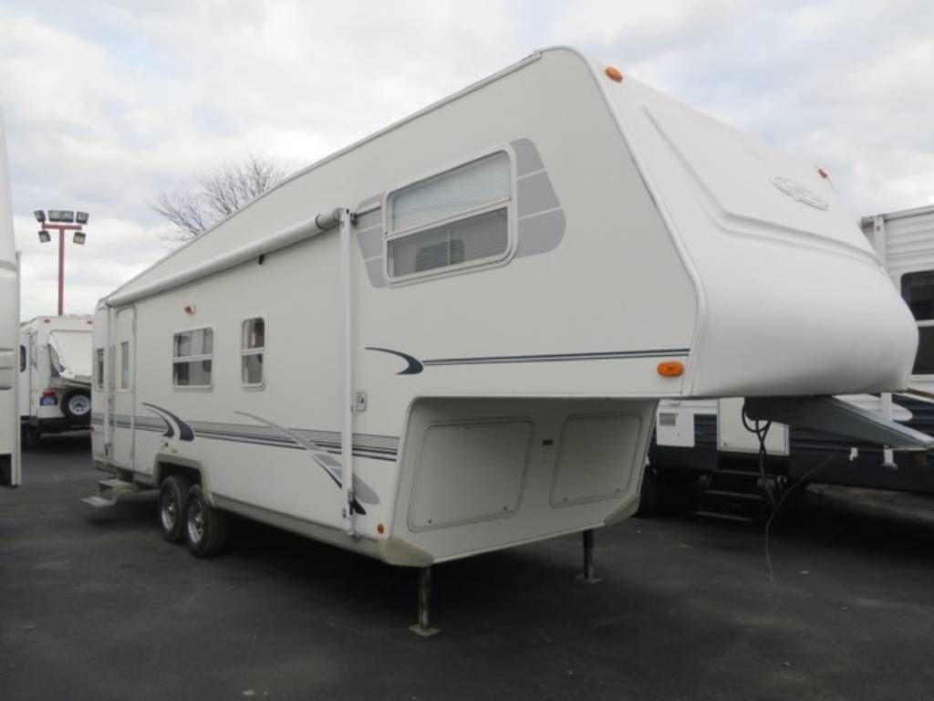 Check Out This 2002 R Vision Trail Lite 5281s Listing In Kingston Ny 12401 On Rvtrader Com It Is A Camping World Rv Sales Rvs For Sale Recreational Vehicles