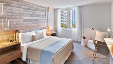 Gorgeous Marriott Hotel Rooms Google Search In 2020 Hotels Room South Beach Hotels Two Bedroom Suites