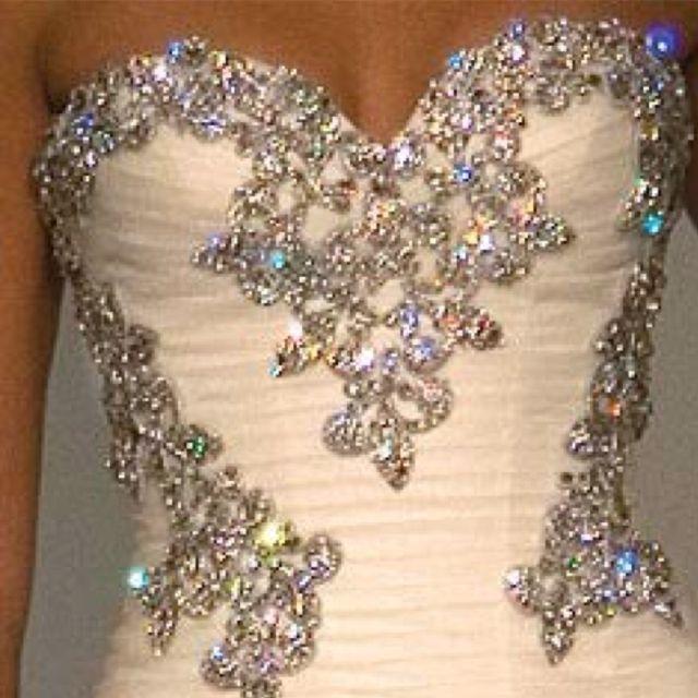 Stinking CAUUTTEEE dressss :)