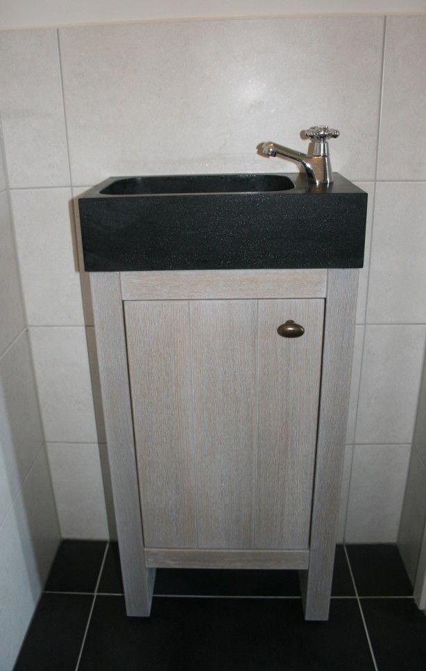 Hoekmeubel Voor Badkamer.Landelijk Wc Meubel Met Granieten Fonteintje Verkrijgbaar Bij