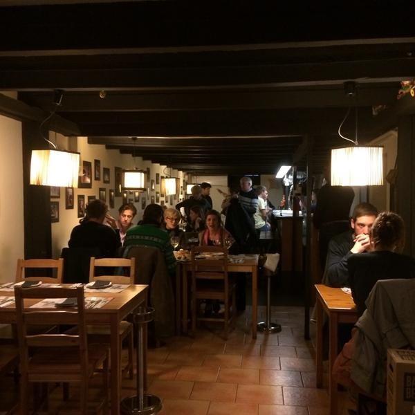 Photos At Momos La Vila De Gràcia Barcelona Cataluña Restaurantes Restaurante Bar Barcelona